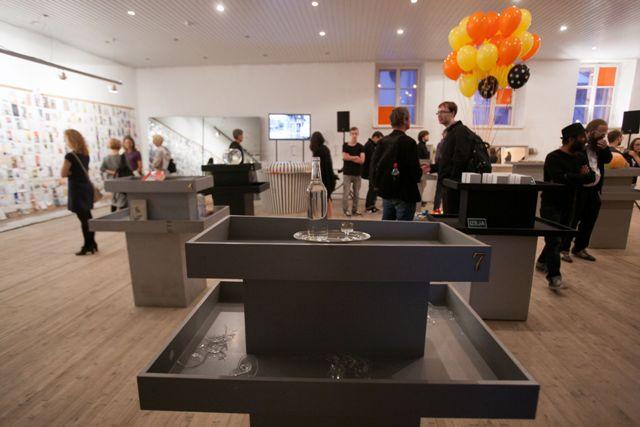 """Alte Schweden & Poetic Robotism """"Shop 'til You Drop!"""", photo Didzis Grodzs"""